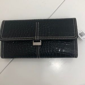 NWT Liz Claiborne Wallet